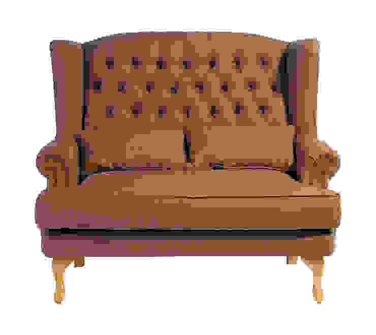 Диван Victorian Sofa S032 от LeHome Interiors Классический Дерево Эффект древесины