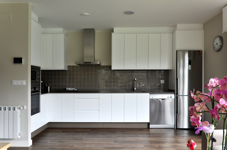 Kitchen by Casas Cube,