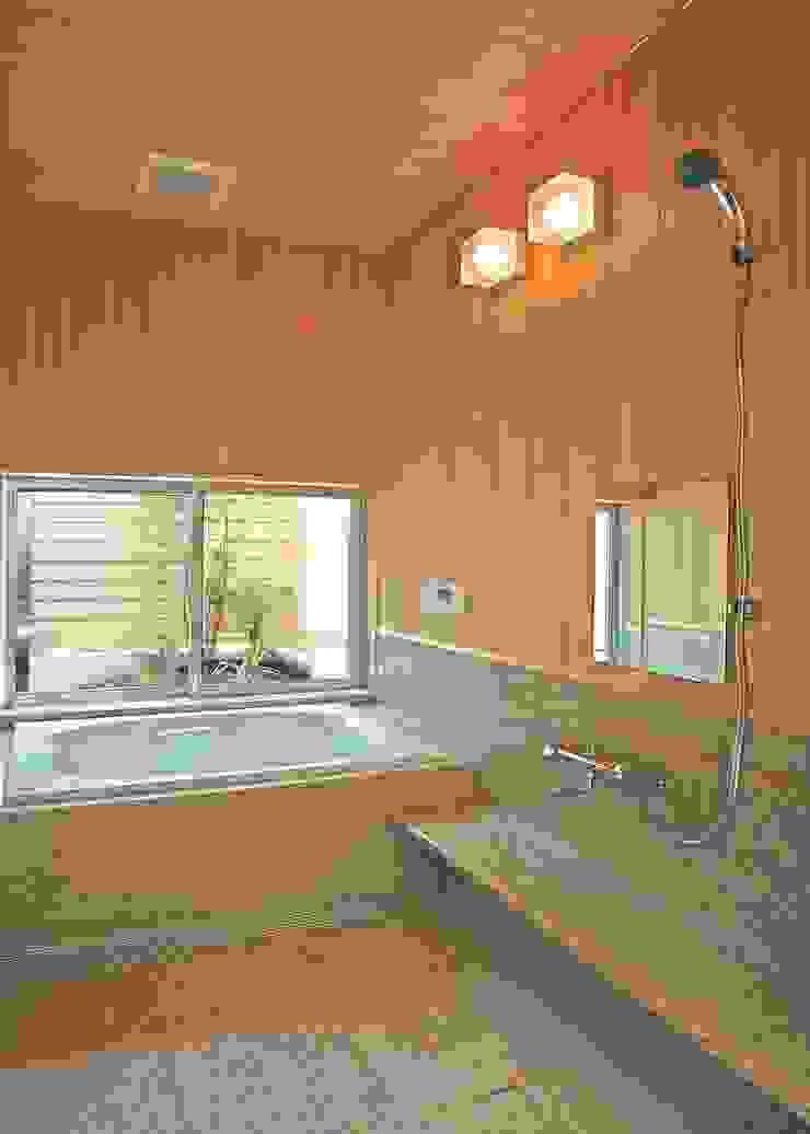 浴室 モダンスタイルの お風呂 の アンドウ設計事務所 モダン