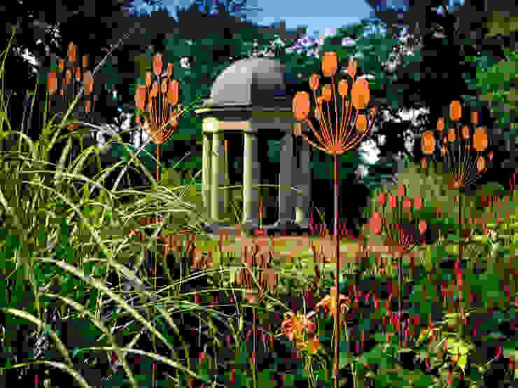 Contemporary Garden Sculpture Jardines de estilo moderno de Garden Art and Sculpture Moderno Metal