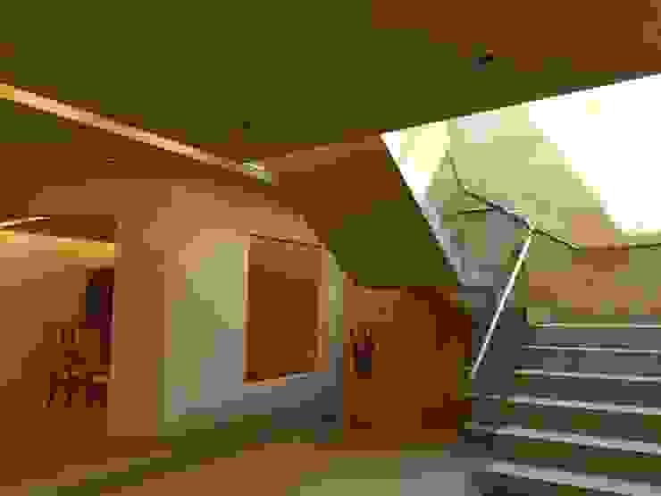 Remodelación Casa Lomas de Arbide Pasillos, vestíbulos y escaleras modernos de Flores Rojas Arquitectura Moderno