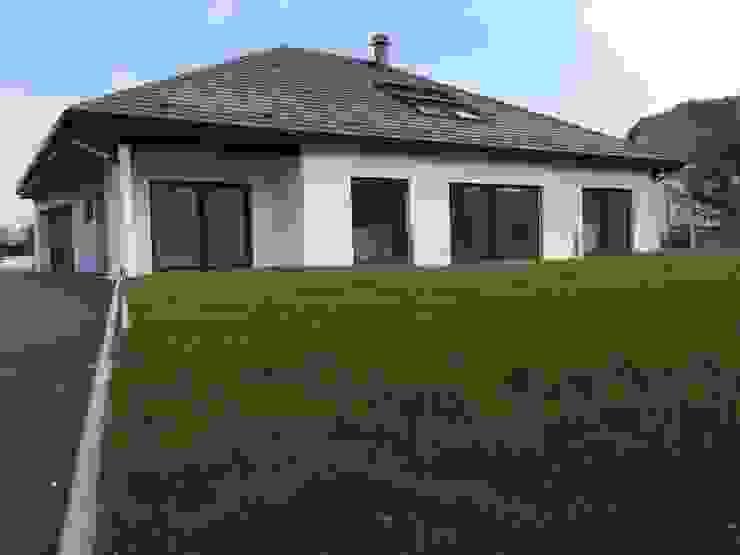 Rumah oleh A.FUKE-PRIGENT ARCHITECTE, Klasik
