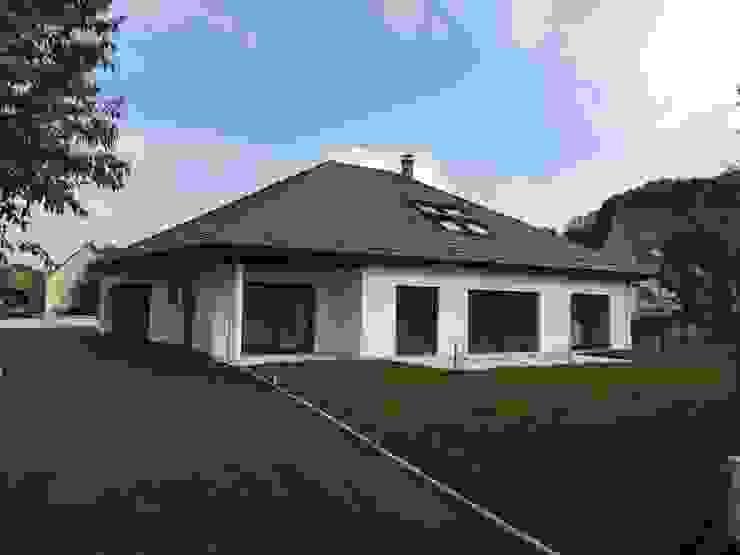 Klassische Häuser von A.FUKE-PRIGENT ARCHITECTE Klassisch