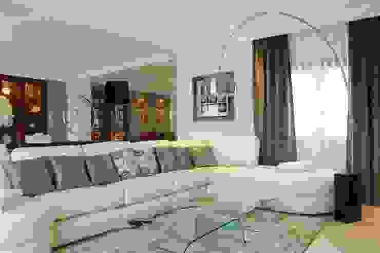 Vivienda en Villaviciosa de Odón, Madrid Salones de estilo clásico de FrAncisco SilvÁn - Arquitectura de Interior Clásico