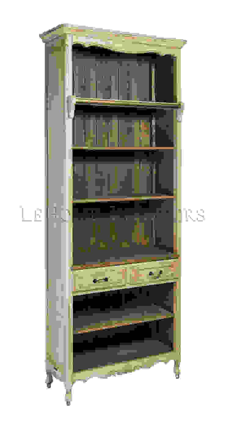 Шкаф Basilique Narrow Bookcase L088 от LeHome Interiors Классический Дерево Эффект древесины