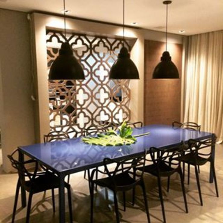 Showroom Joinville Salas de jantar modernas por Cembrani móveis Moderno