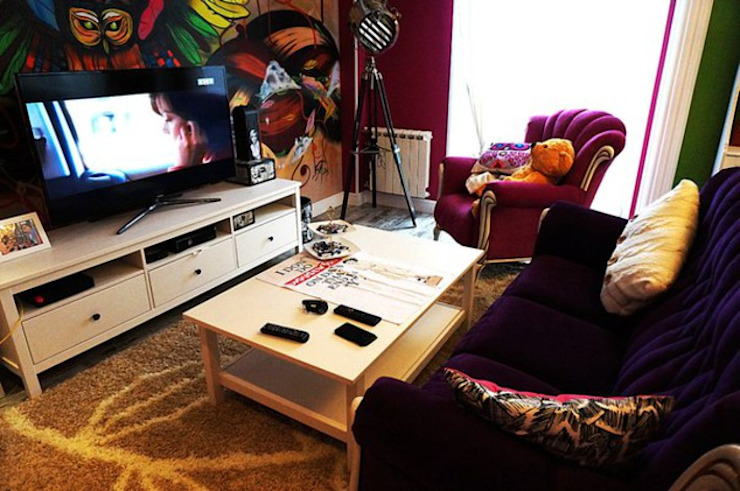 Дизайн интерьера кухни-гостиной на Кавалерийской Гостиные в эклектичном стиле от MARIA MELNICOVA студия SIERRA Эклектичный
