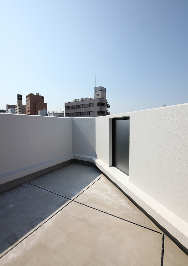 白山の家 モダンデザインの テラス の プランニングシステム株式会社 モダン