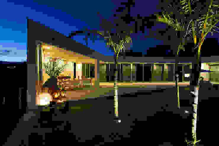 Casa na Caloura Casas minimalistas por Monteiro, Resendes & Sousa Arquitectos lda. Minimalista