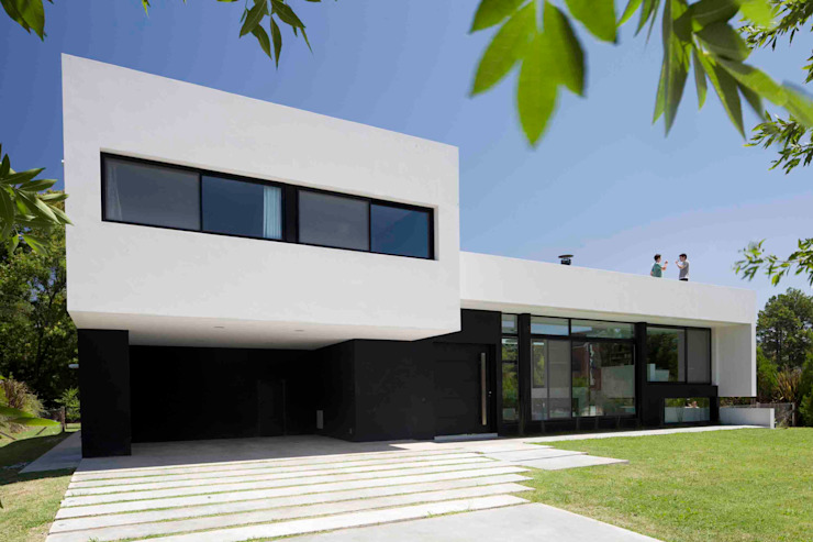 Casas modernas de Remy Arquitectos Moderno