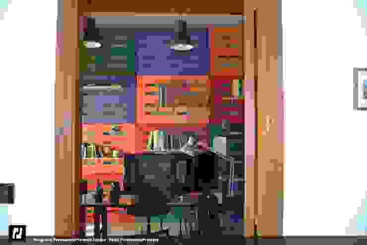 Produzioni Proietto Studio: Studio in stile  di Produzioni Proietto, Industrial