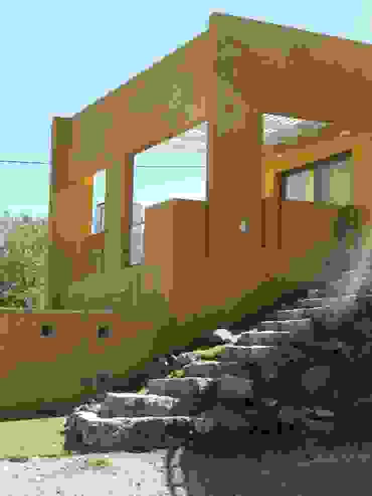 CASA DE CAMPO LOMAS DEL REY Jardines modernos: Ideas, imágenes y decoración de ART quitectura + diseño de Interiores. ARQ SCHIAVI VALERIA Moderno