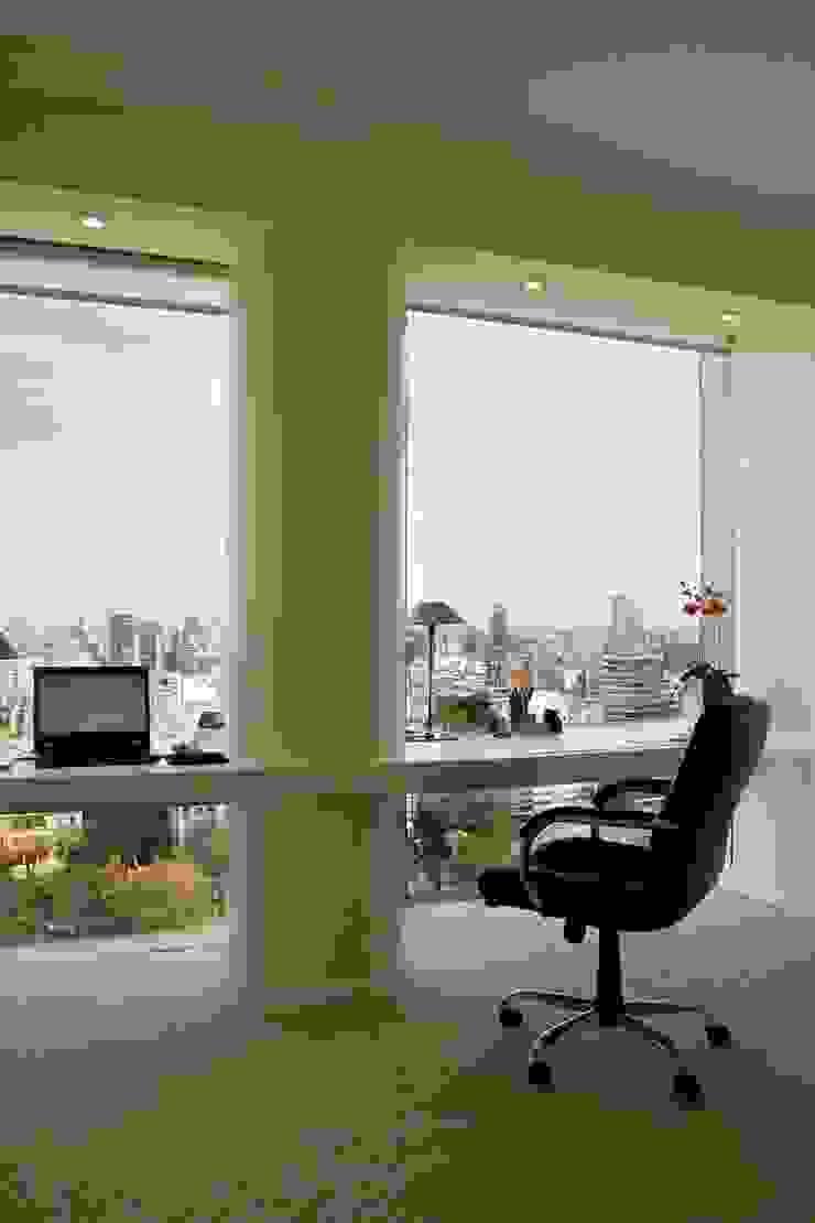 Departamento Jardín Japonés Estudios y oficinas modernos de Remy Arquitectos Moderno
