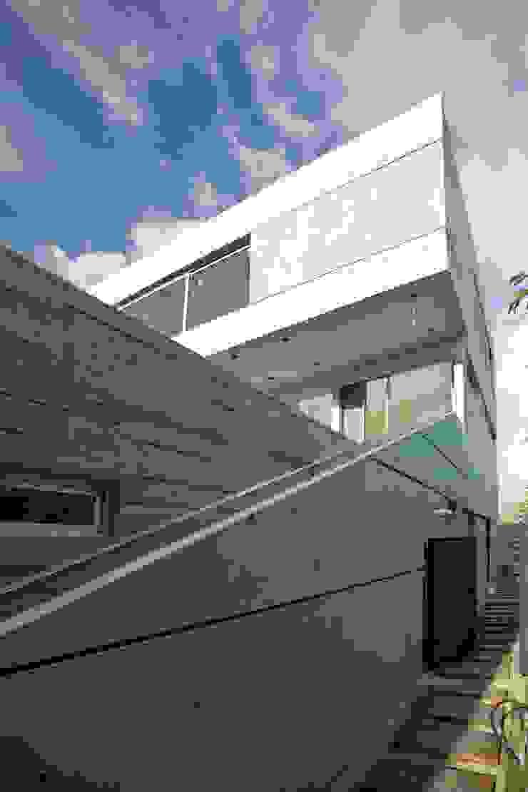 Casa Náutica Casas modernas: Ideas, imágenes y decoración de Remy Arquitectos Moderno