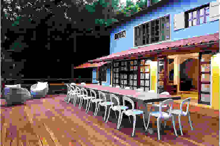 Rustikale Häuser von MMMundim Arquitetura e Interiores Rustikal