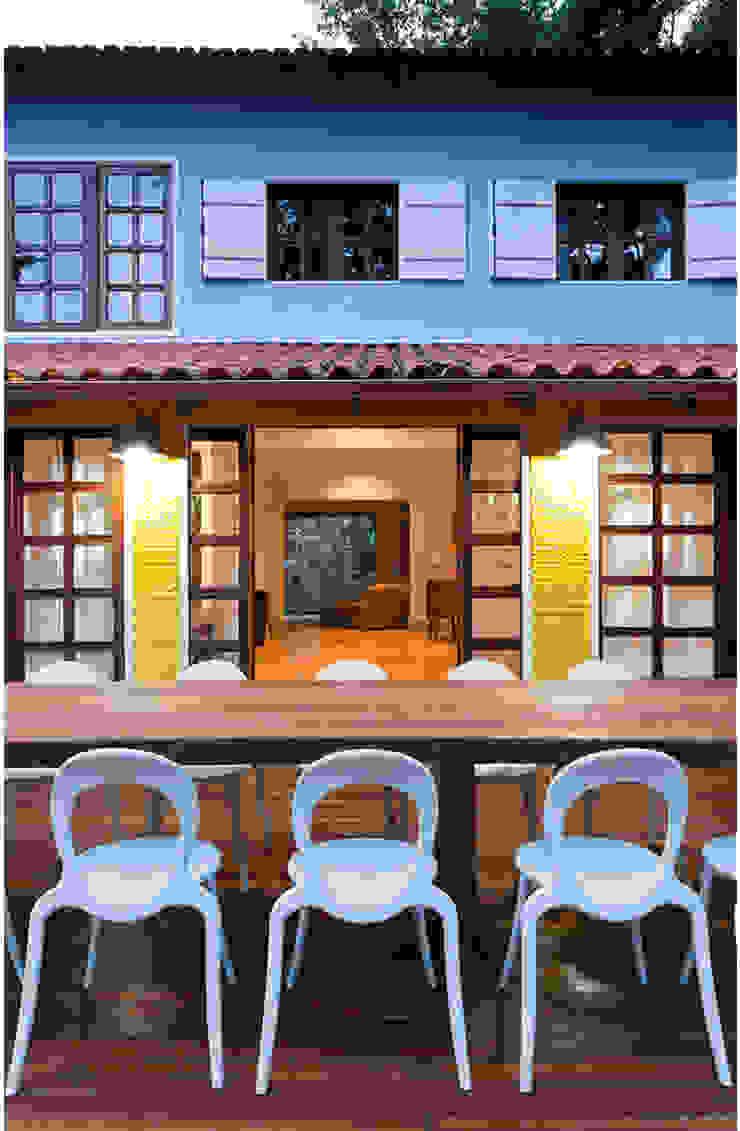 Rustic style house by MMMundim Arquitetura e Interiores Rustic