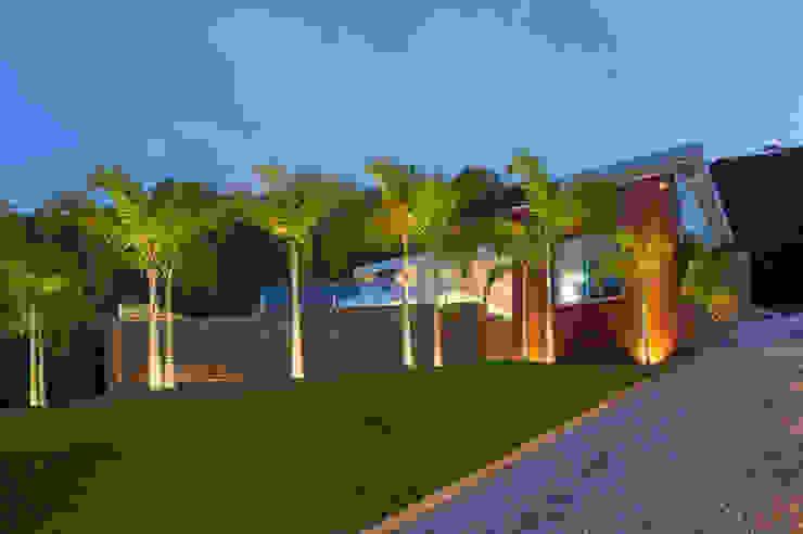 Casa Quintas do Sol Casas modernas por Márcia Carvalhaes Arquitetura LTDA. Moderno