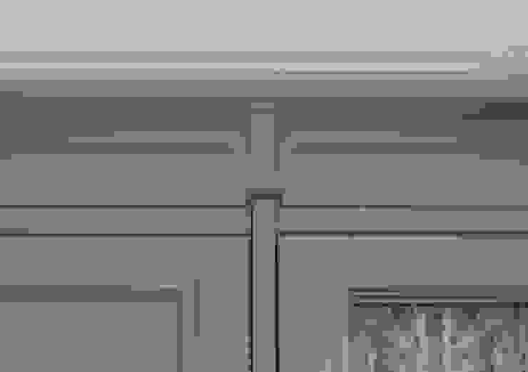 Шкаф в детской от PM studio Классический Изделия из древесины Прозрачный