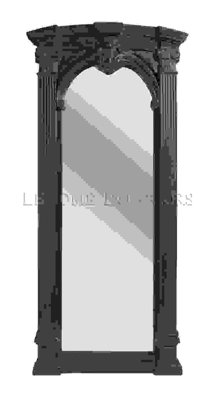 Зеркало M045 от LeHome Interiors Классический