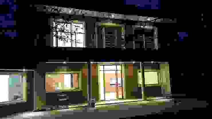 Obras varias Casas modernas: Ideas, imágenes y decoración de thelordar22 Moderno