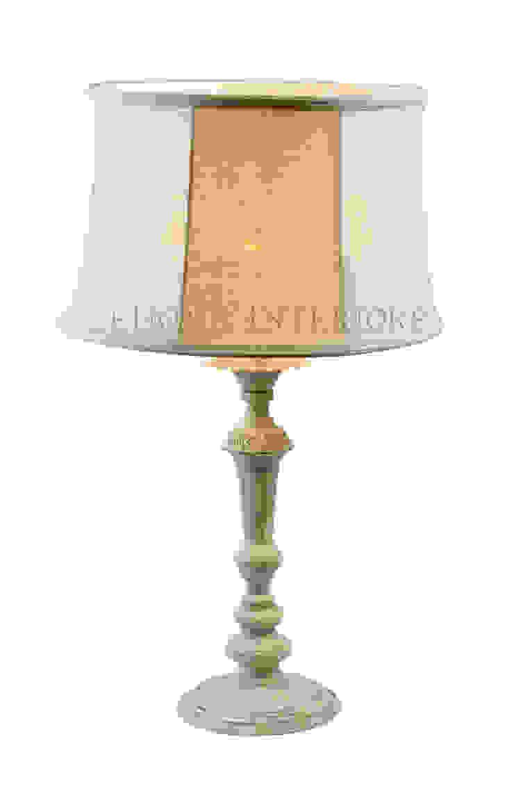 Настольная лампа F142 от LeHome Interiors Классический Металл
