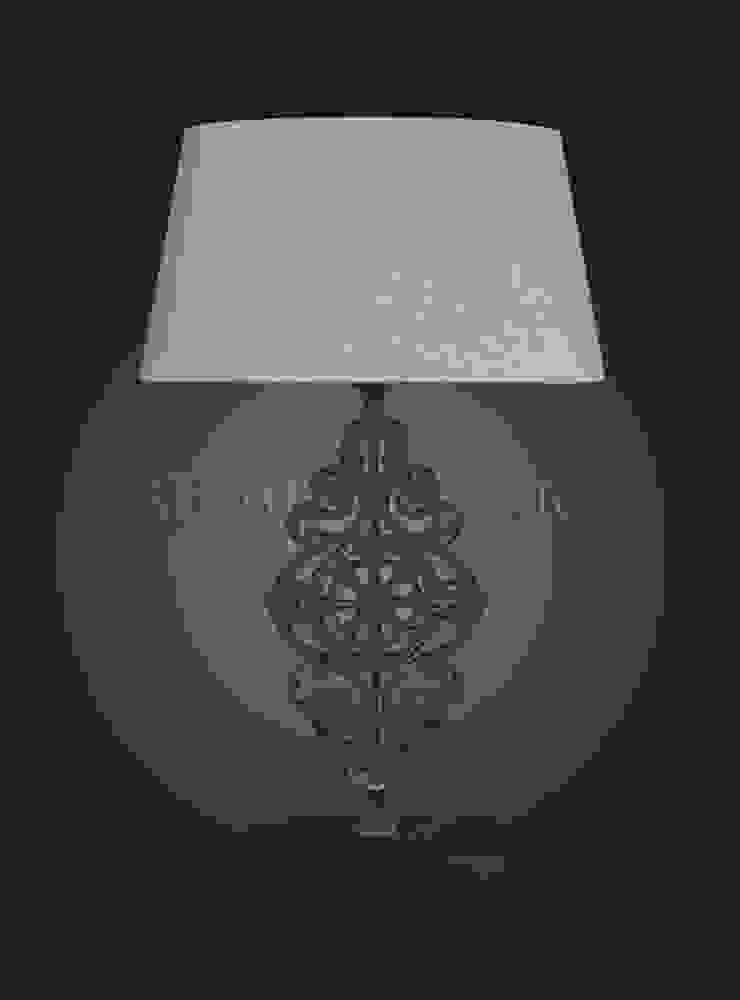 Настольная лампа F130 от LeHome Interiors Эклектичный Металл