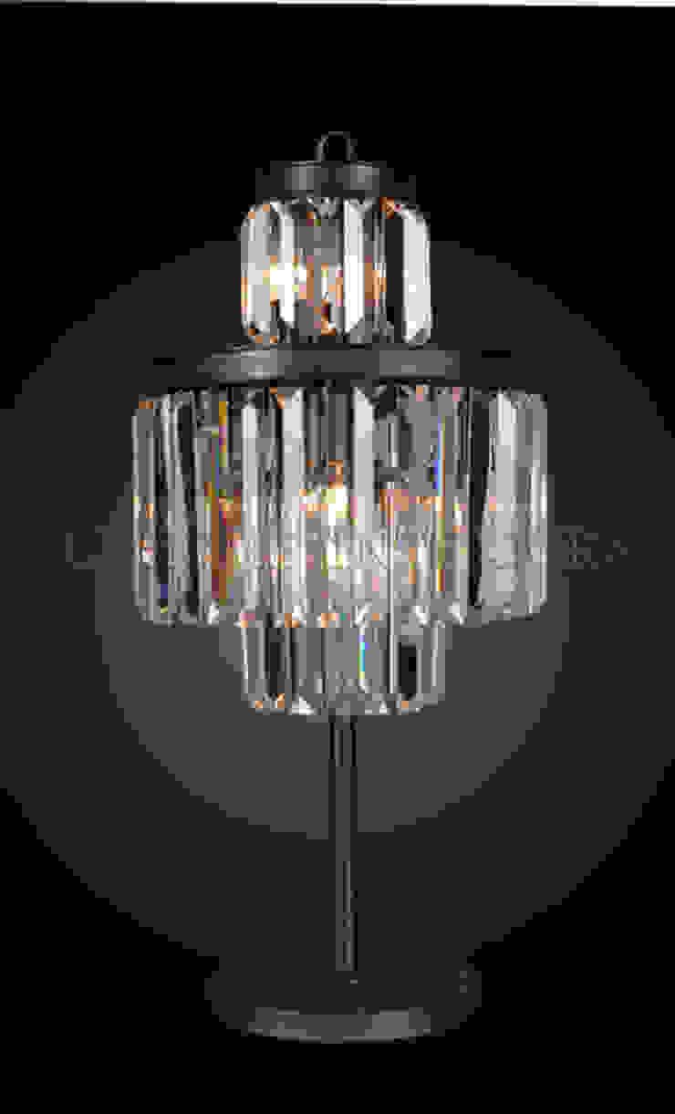 Настольная лампа F131 от LeHome Interiors Классический Металл