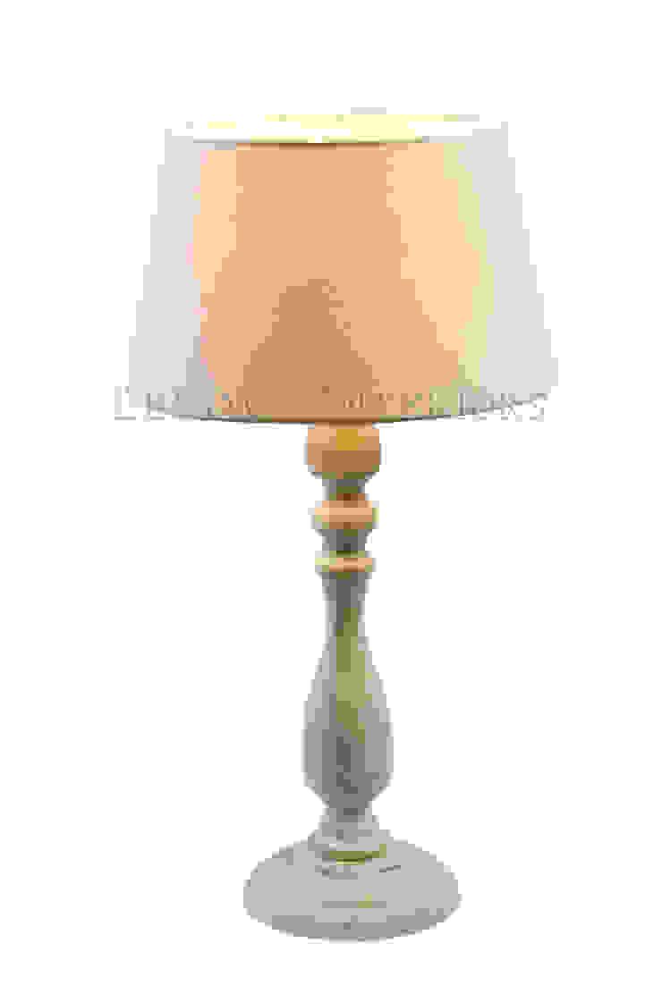 Настольная лампа F146 от LeHome Interiors Классический Металл