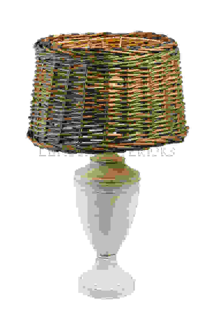 Настольная лампа F157 от LeHome Interiors Кантри Металл