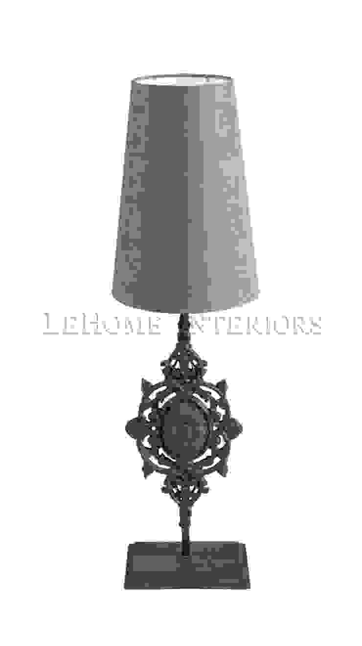 Настольная лампа F173 от LeHome Interiors Классический Металл