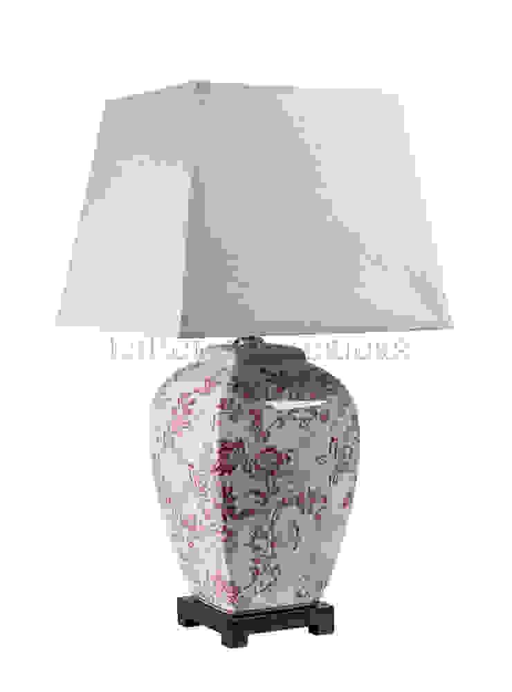 Лампа настольная F250 от LeHome Interiors Классический Керамика