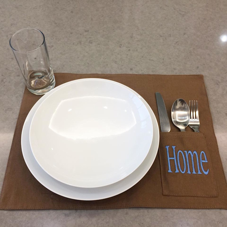 modern  von Chic Table , Modern