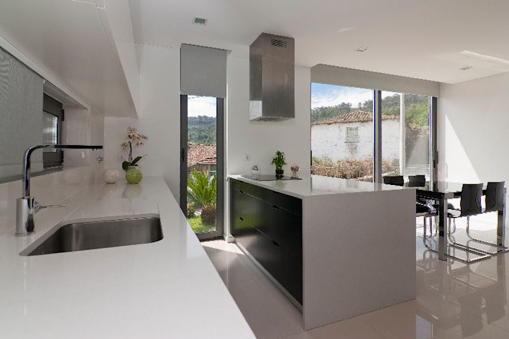Cocinas de estilo  por 136F - Arquitectos , Moderno