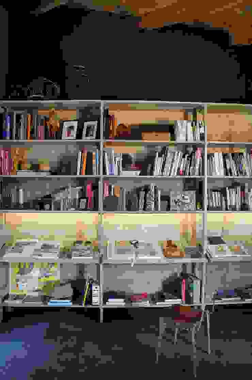 Juan Carlos Loyo Arquitectura Ruang Studi/Kantor Modern