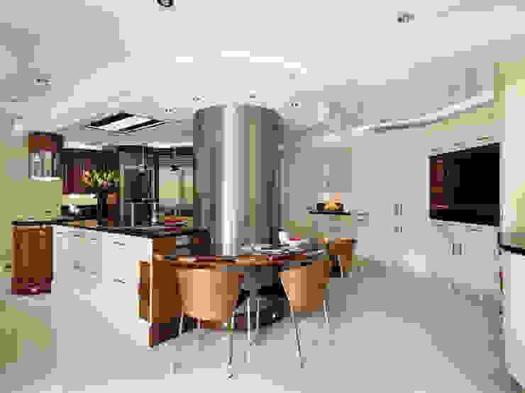 Belgravia | Rich Walnut Modern Kitchen Davonport Modern kitchen White