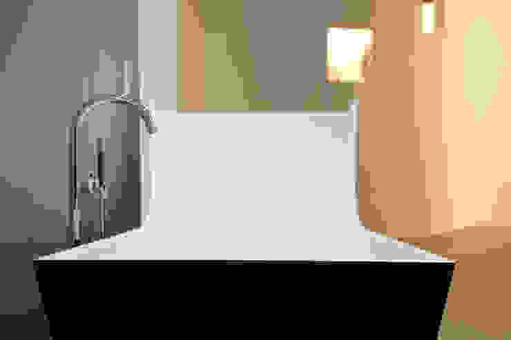 Bathroom by ELEMENTS Nürtingen,