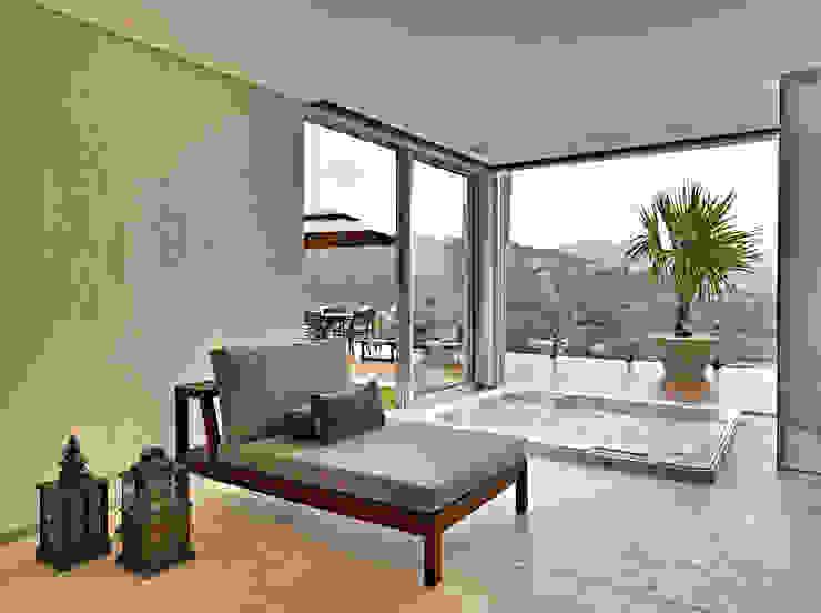 Modern spa by Márcia Carvalhaes Arquitetura LTDA. Modern