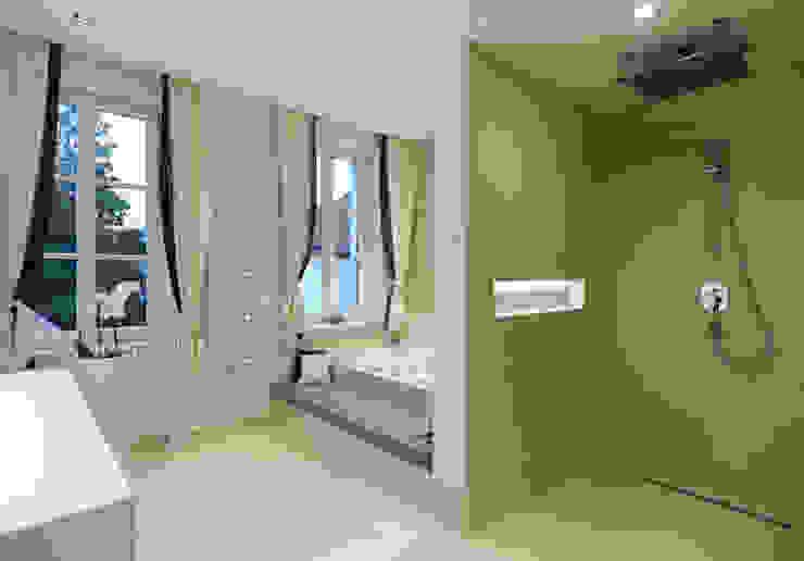 Classic style bathroom by Mayr & Glatzl Innenarchitektur Gmbh Classic