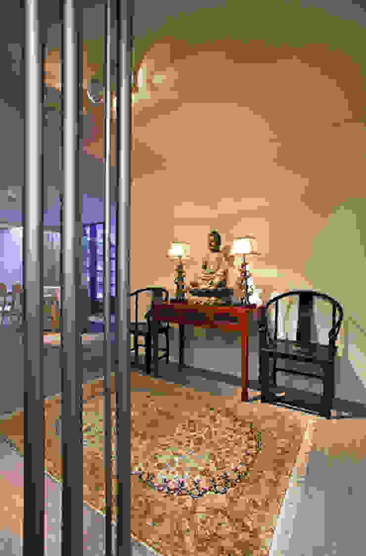 亞洲風玄關、階梯與走廊 根據 Susana Camelo 日式風、東方風