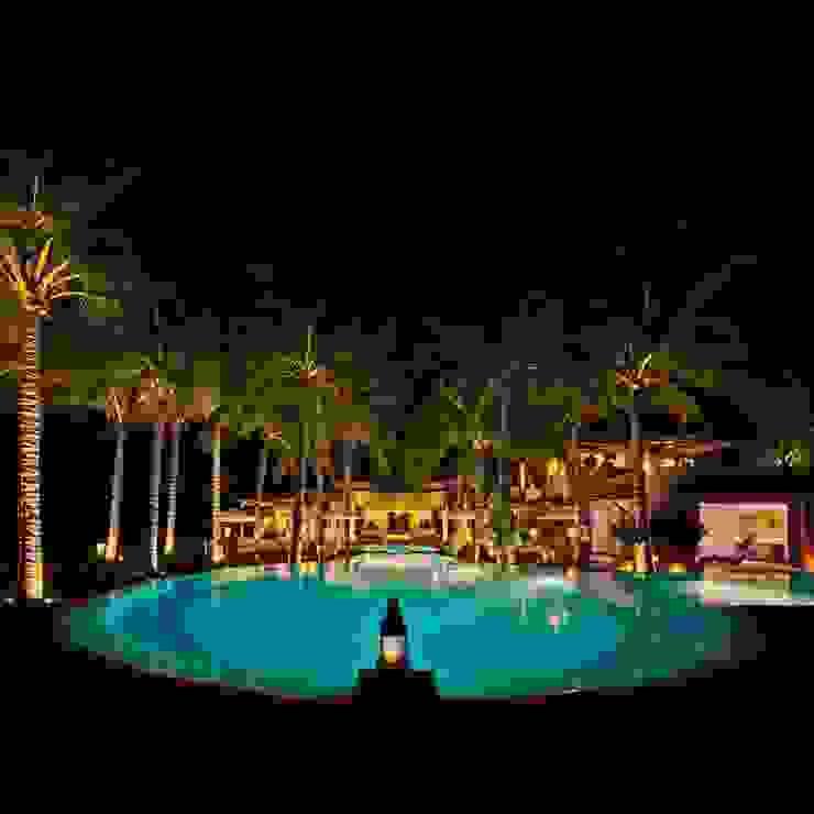 Casa Siete Albercas tropicales de BR ARQUITECTOS Tropical