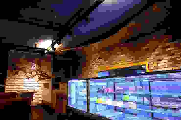 Restaurant Murat Aksel Architecture Kırsal/Country Masif Ahşap Rengarenk