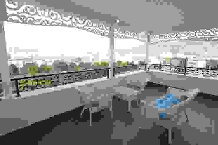 Murat Aksel Architecture – Housing:  tarz Balkon, Veranda & Teras,