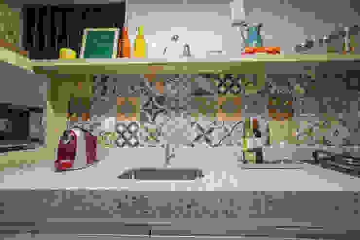 FLAT B&C Cozinhas modernas por Casa2640 Moderno