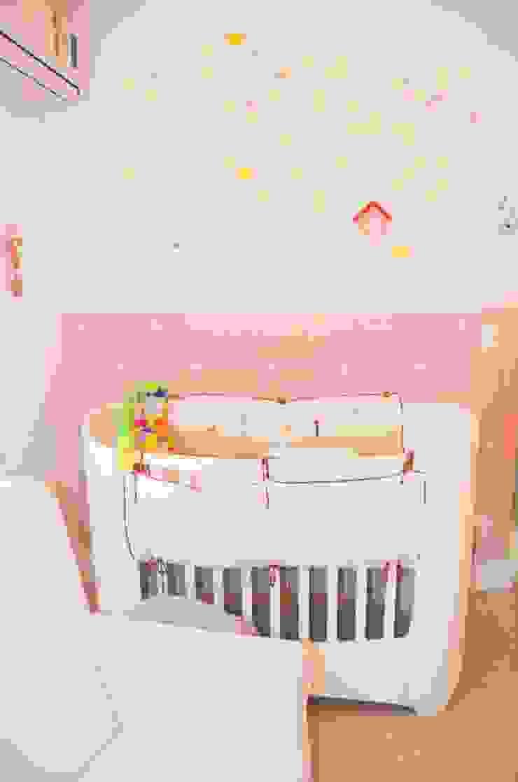 Quarto de bebê completo decorado - Paula, Bruno e Maria Clara por INTERCASA MÓVEIS INFANTIS E JUVENIS Moderno Madeira Efeito de madeira
