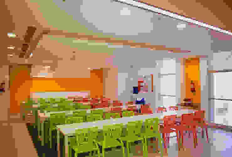 cafetaria Modern study/office by Kreeativ design studio Modern MDF