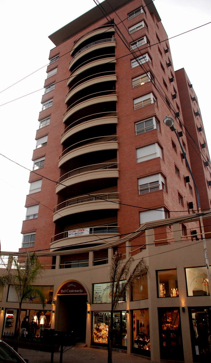 Edificio <q>Del Centenario</q> Casas modernas: Ideas, imágenes y decoración de Arquitecto Oscar Alvarez Moderno