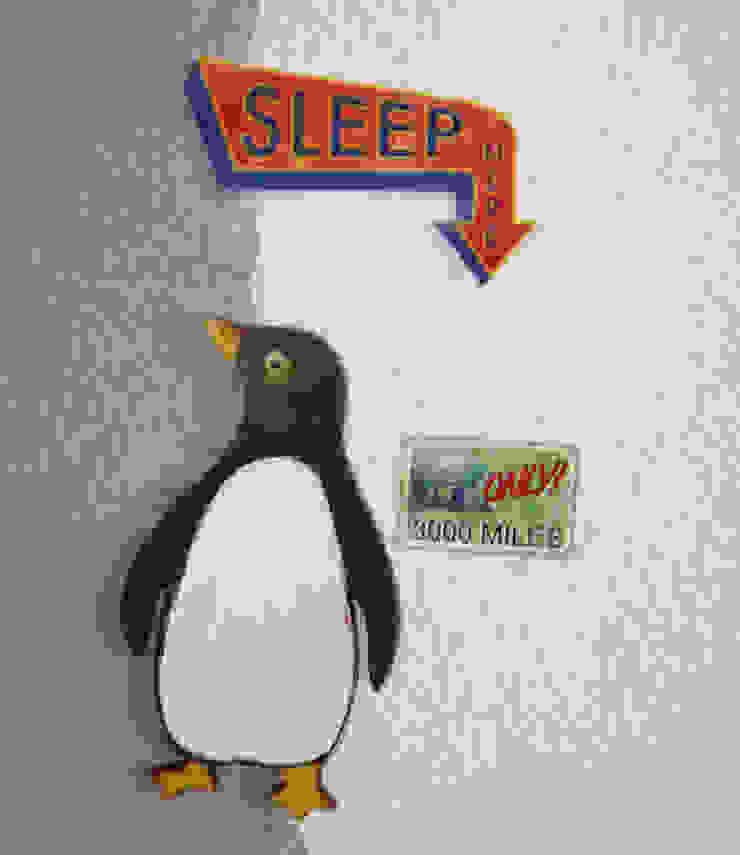 Pingüino con relieve en mapa de LM decoración