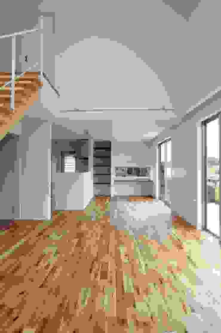 TKM House モダンデザインの リビング の artect design - アルテクト デザイン モダン