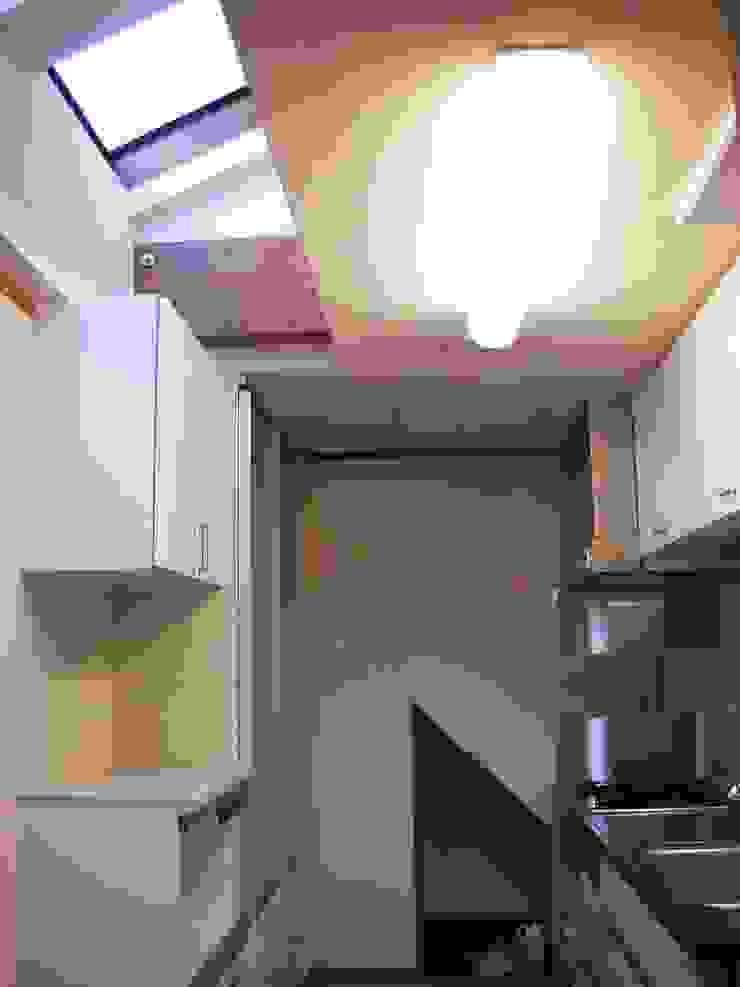 キッチン オリジナルデザインの キッチン の 吉村1級建築士事務所 オリジナル