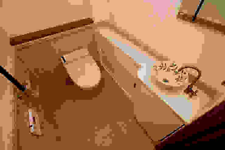 トイレ 地中海デザインの ドレッシングルーム の 吉村1級建築士事務所 地中海